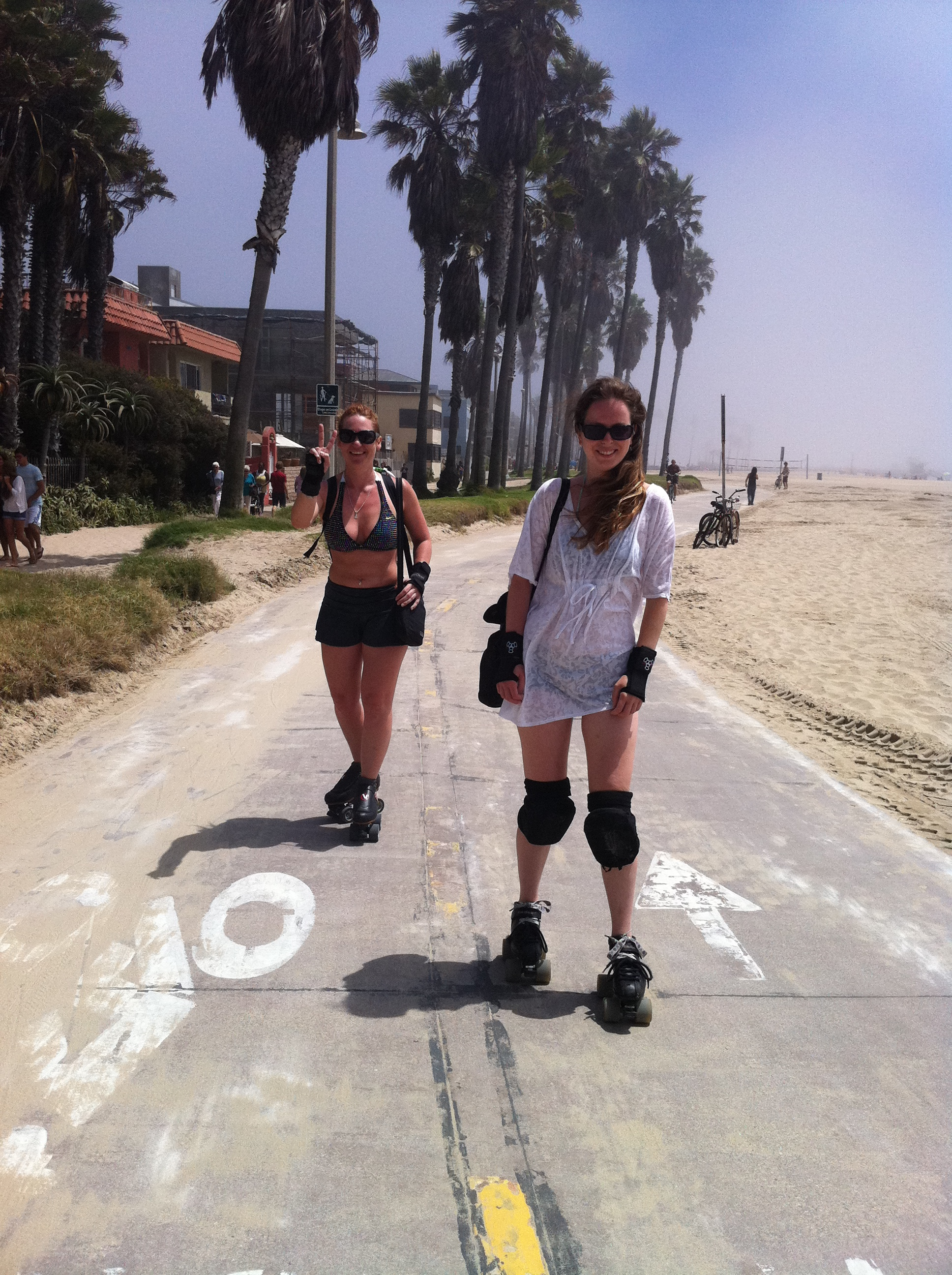 venice beach peace love and roller skates diary of a derby wannabe. Black Bedroom Furniture Sets. Home Design Ideas